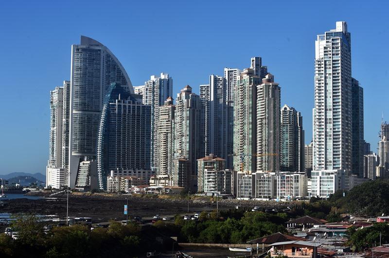 Panamá busca deshacer su estigma de paraíso fiscal y atraer inversores