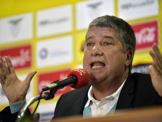 Termina contrato de 'Bolillo' Gómez como seleccionador de Ecuador