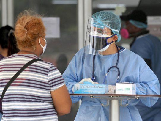 Ecuador reporta récord con 2.000 nuevos casos de Covid-19 en un día