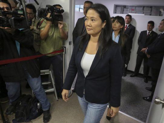 """Keiko Fujimori dice que """"no existen elementos"""" para destituir al presidente de Perú"""