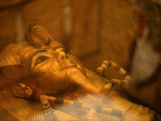 Exposición de Tutankamón, la más visitada en la historia de París