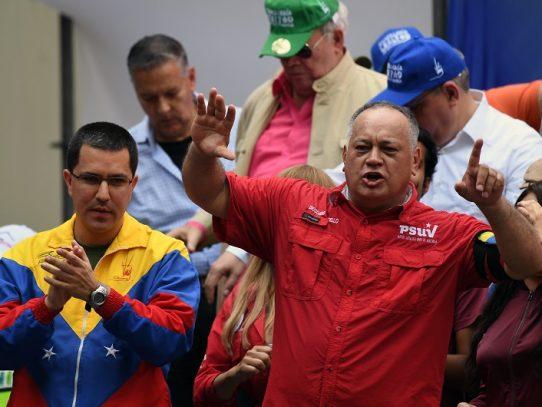 """Diosdado Cabello tilda de """"pillo y ladrón"""" al presidente Varela y asegura que irá preso"""