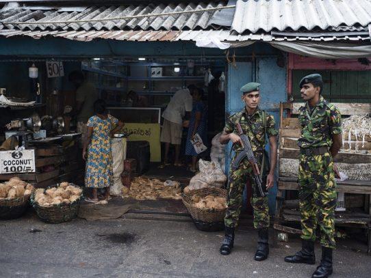 Tensión en las calles de Sri Lanka una semana después de los atentados