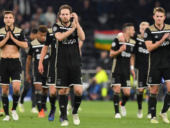 Ajax se acerca a la final de Champions tras ganar al Tottenham en Londres