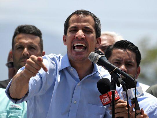 """Guaidó llama """"cínico"""" a Maduro por proponer elecciones parlamentarias adelantadas"""