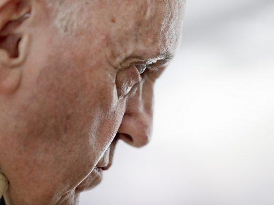 El papa pide a los políticos que no siembren odio
