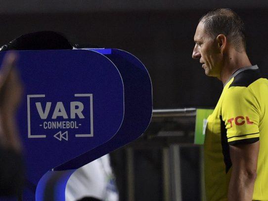 El VAR será utilizado desde cuartos de final en Copa de África