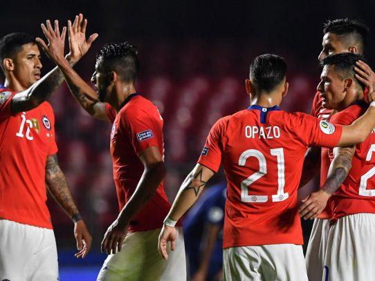 Tras sendas goleadas 4-0, Chile y Uruguay lideran el Grupo C de la Copa América
