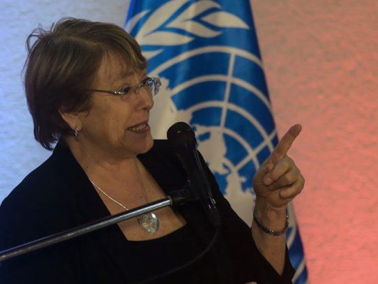"""Bachelet pide """"investigación imparcial"""" por violencia en protestas de Hong Kong"""