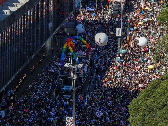 Marcha LGBT inunda Sao Paulo exigiendo respeto en un Brasil más conservador