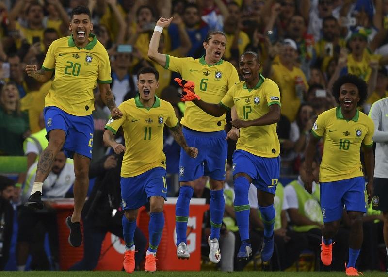 ¡Carnaval! Brasil nuevo rey de América