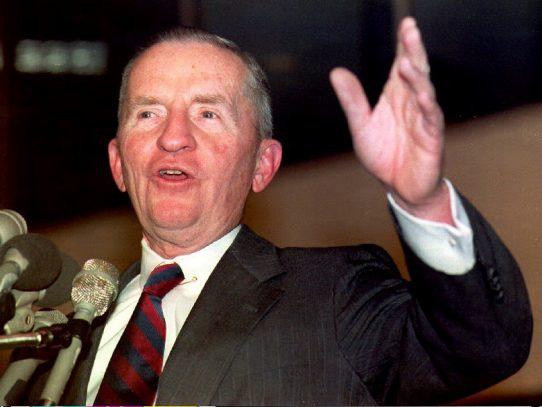 Muere Ross Perot, multimillonario y candidato a la Casa Blanca
