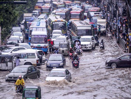 Al menos 180 muertos en el sur de Asia debido a lluvias del monzón