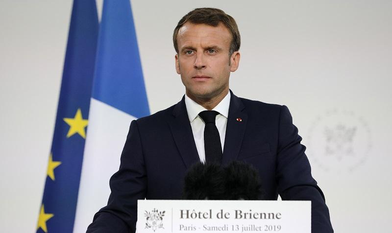 """""""Nos enfrentamos a una epidemia"""", dice Macron sobre el coronavirus"""