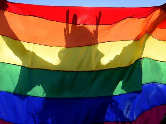 """Indonesia busca """"sanar"""" a la población LGBT con exorcismos"""