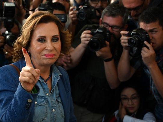 Arrestan a ex primera dama guatemalteca por caso de corrupción