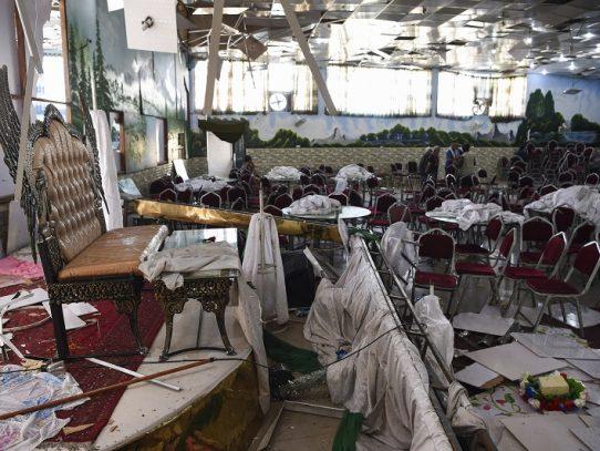 Atentado suicida en boda en Kabul deja 63 muertos y 182 heridos