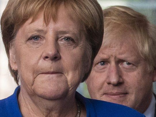 Merkel considera posible un acuerdo sobre el Brexit en los próximos 30 días