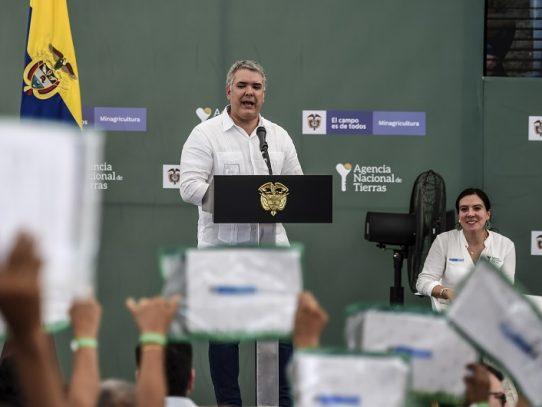 Duque descarta intervención militar en Venezuela en medio de tensiones en frontera