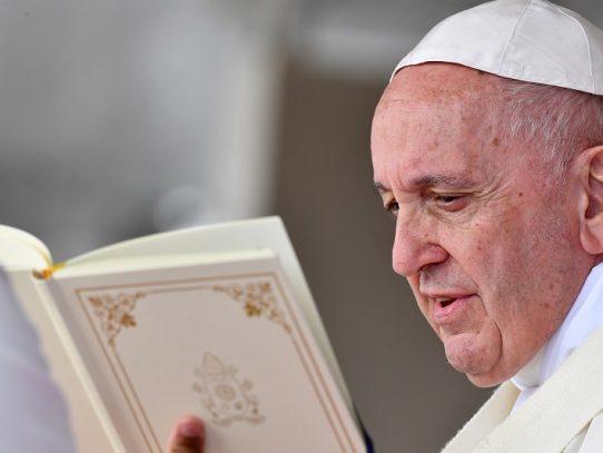 El papa Francisco llega a Mauricio, última etapa de su gira por África