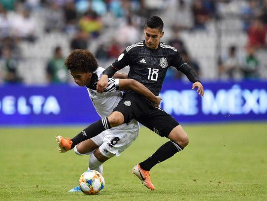 México se complica pero se impone a Panamá en Liga de Naciones