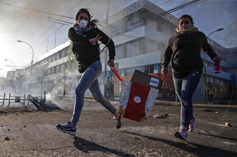 Opinion: Chile despertó, es momento de que despierte el periodismo