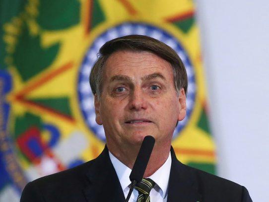 """Bolsonaro critica protestas contra el gobierno: """"quieren el poder"""""""