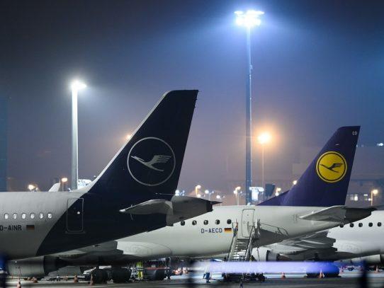 Lufthansa reducirá el 50% de sus vuelos por el coronavirus