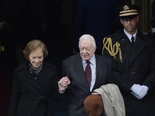 Expresidente de EEUU Jimmy Carter, operado del cerebro sin complicaciones