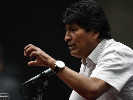 """Gobierno boliviano anuncia liberación de policía """"secuestrado"""" y acusa a Evo Morales"""