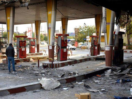 Gobierno reanuda distribución de gasolina en La Paz, sometida a escasez por bloqueos