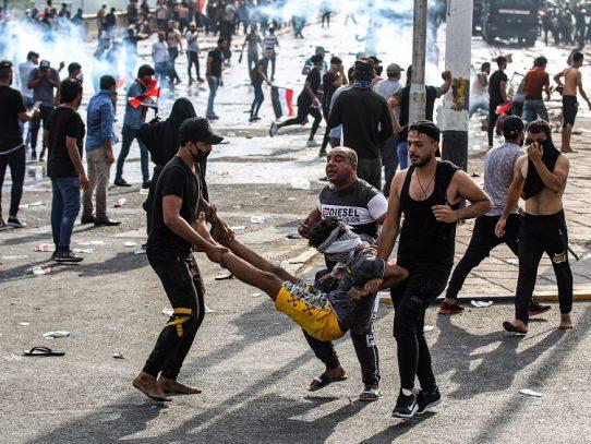 """El """"sacrificio"""" de miles de manifestantes iraquíes mutilados"""