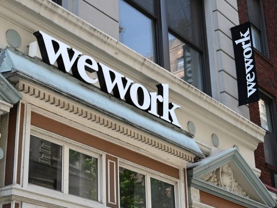 WeWork elimina unos 2.400 empleos en todo el mundo