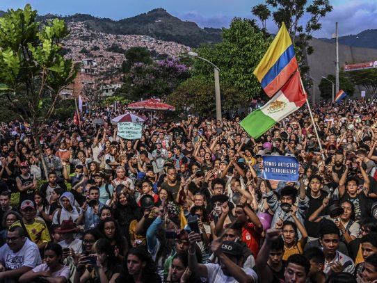 Gobierno de Colombia acepta diálogo directo con líderes de las protestas