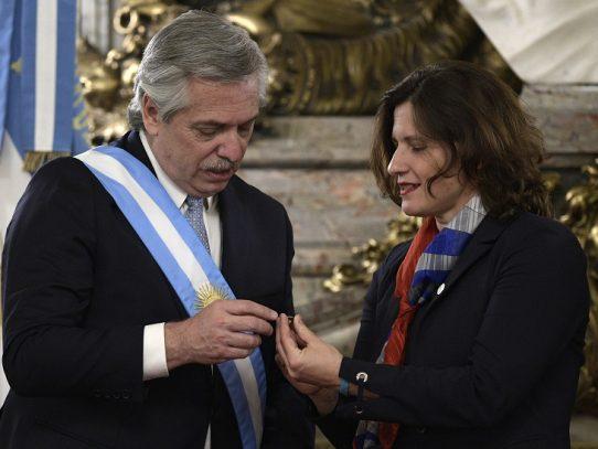 Fernández decreta aumento de impuestos al agro en Argentina
