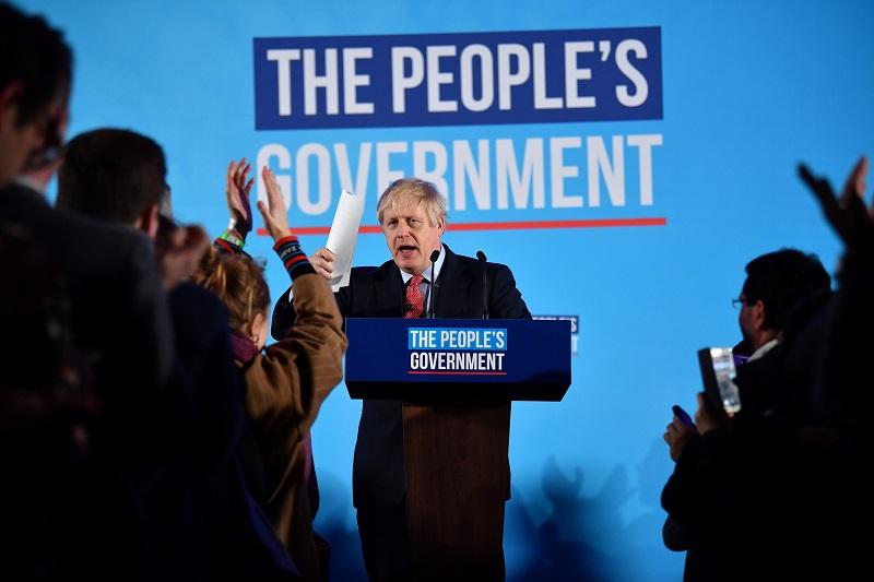"""La prensa británica coincide en que victoria de Johnson es """"histórica"""""""
