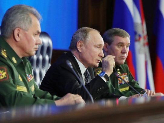 Putin acusa a Polonia de colusión con Hitler