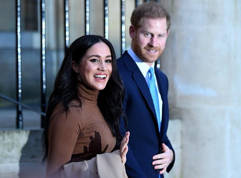 El Reino Unido, sacudido por la controvertida retirada de Enrique y Meghan