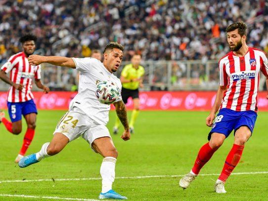 Real Madrid y Atlético empatan 0-0 y van a la proróga en la final de la Supercopa