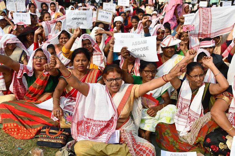 Las mujeres, en primera línea de las protestas en India