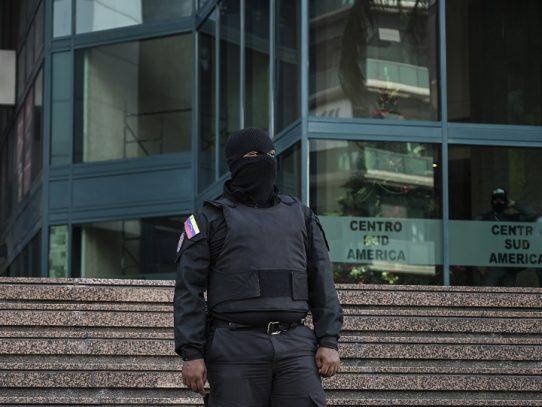 Denuncian allanamiento a oficina de Guaidó en Caracas y arresto de diputado