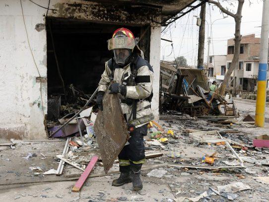 Con deceso de niño suben a 31 los muertos por explosión de gas en Lima