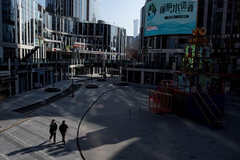 La epidemia convierte a Pekín en ciudad muerta