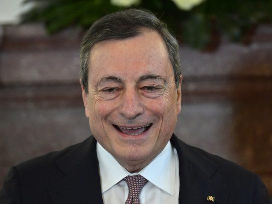 Papa nombra a expresidente del BCE y a experto chileno miembros de Academia de Ciencias Sociales