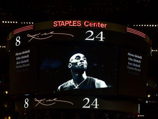 """No será olvidado"": Los Lakers honran a Kobe Bryant"