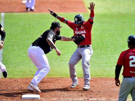 México domina a Panamá y consigue segunda victoria