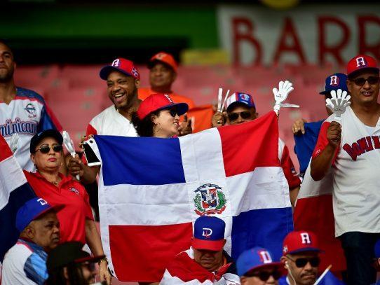 Dominicana derrota a Panamá y clasifica a semifinales de la Serie del Caribe