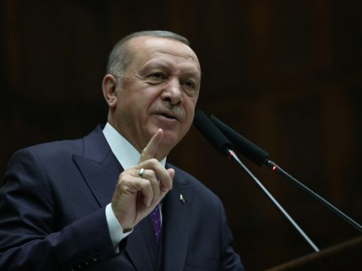 """Erdogan dice que no habrá acuerdo sobre aeropuerto afgano sin un gobierno """"inclusivo"""""""
