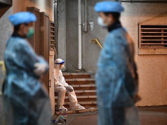 Sube a 1.765 el saldo de muertos por el coronavirus en China
