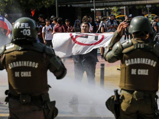 Protestas en Chile en favor y en contra de una nueva Constitución